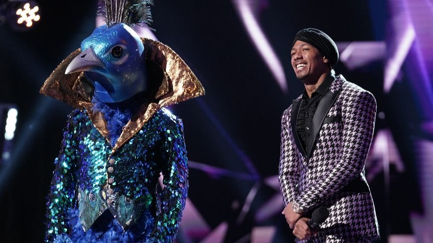 The Peacock joins Nick Cannon on The Masked Singer episode 3