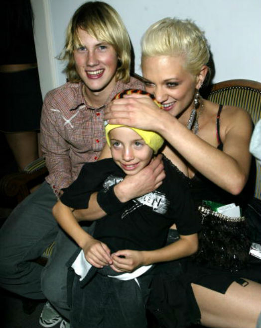 Jimmy Bennett with actors John Robinson and Asia Argento