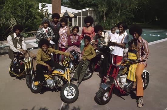 Jackson Family without Joh'Vonnie Jackson