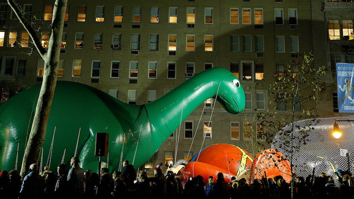 macys thanksgiving parade balloon inflation nyc