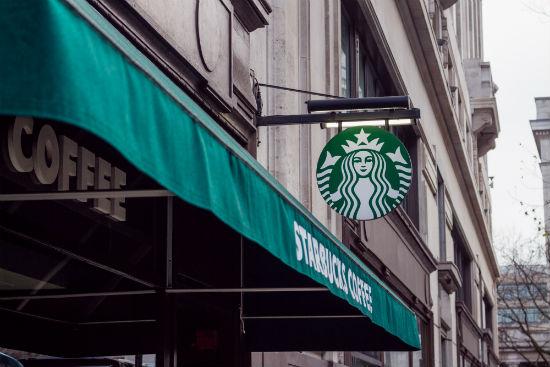Recreate the new cheesecake Starbucks Frappuccinos