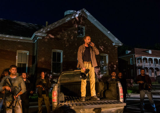 When Does The Walking Dead Return Season 8 Saviors