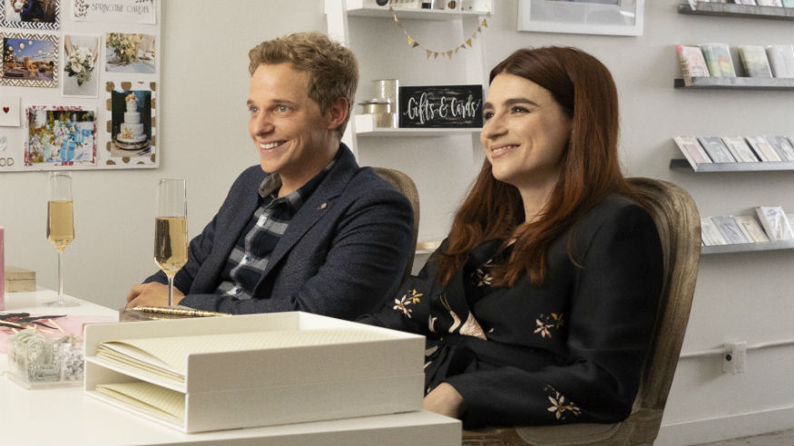 Youre the Worst Series Finale: Aya Cash, Chris Geere Talk Gretchen and Jimmys Ending - TV Guide